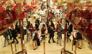 Christmas-Shopping-Fever-2