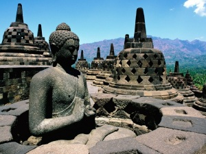 Buddha-temple-in-Indonesia